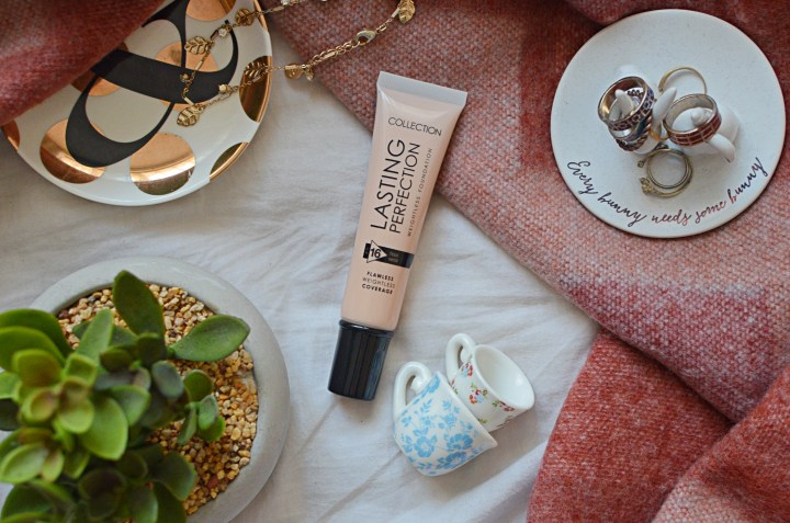 Collection Lasting Perfection Weightless Foundation