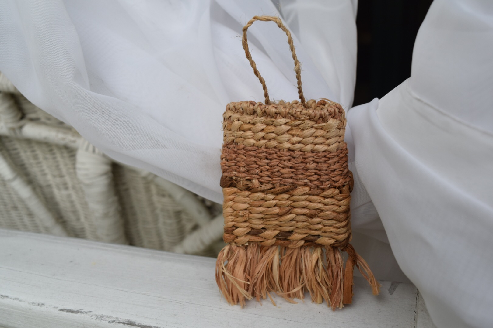 twined basswood cordage pouch