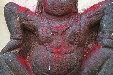 Sculpture or statue of a goddess