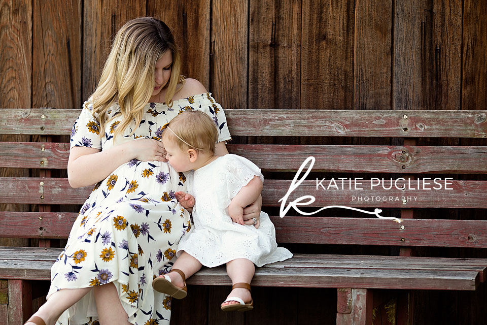 Mommy and daughter maternity photography