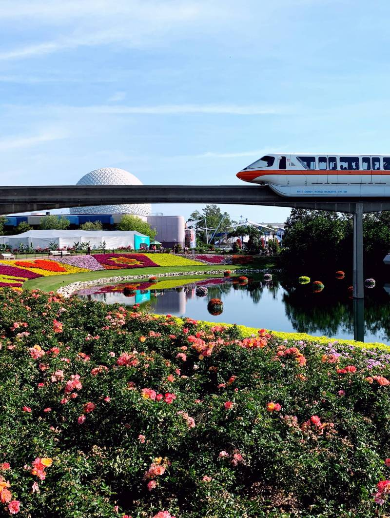 epcot center and monorail