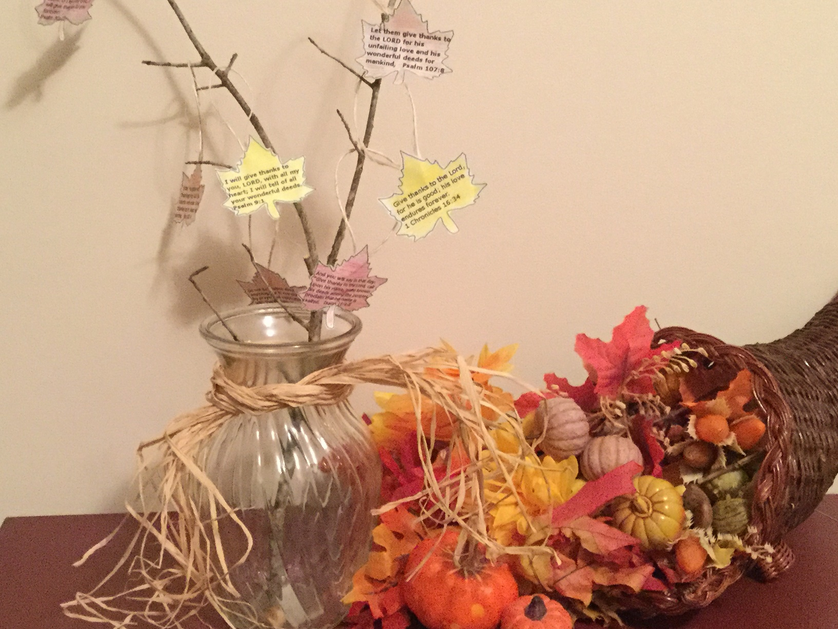 Make a Family Thanksgiving Tree