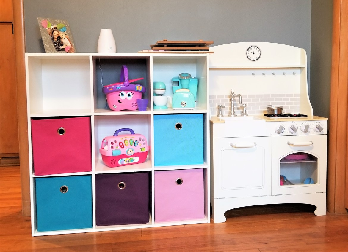 declutter and organize kid's toys