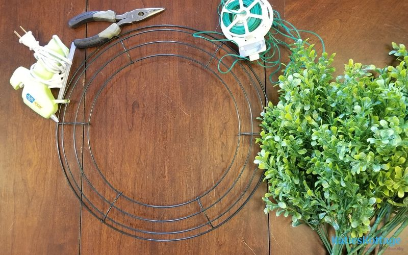 what you need to make a boxwood wreath