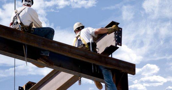 pekerja paling berbahaya baja