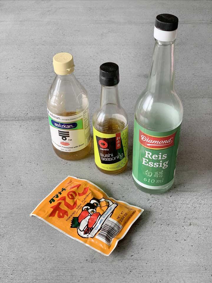 Sushi-Reis richtig säuern: Sushi-Essig Mix getrocknet und in der Flasche