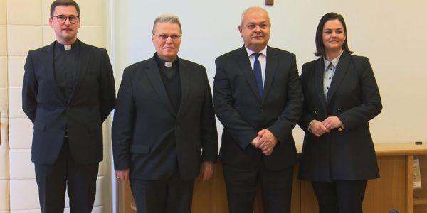 Potpisan Ugovor o osnivanju prava građenja katoličke osnovne škole u Slavonskom Brodu