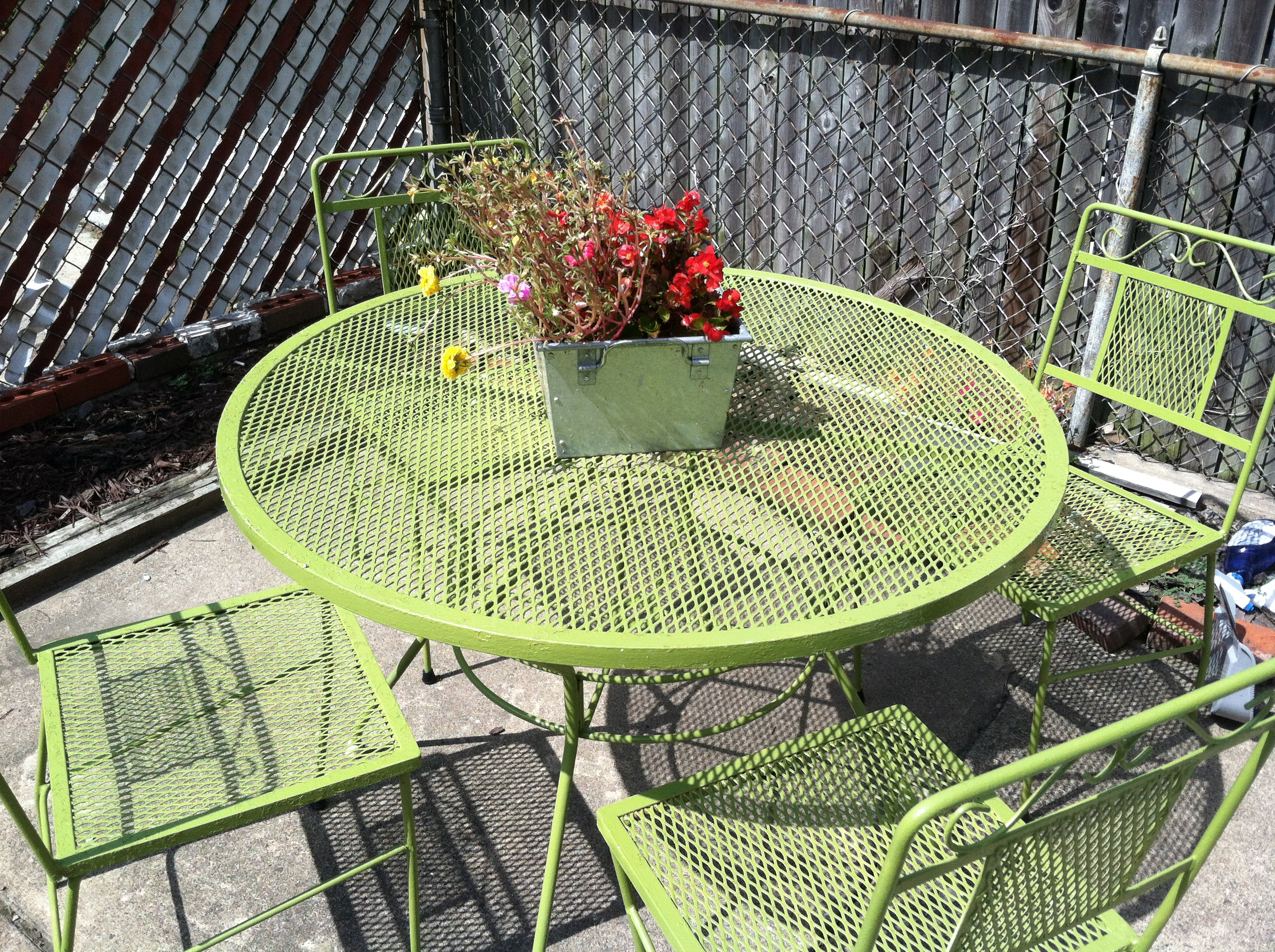 Green Patio Chairs Weekend Diy Turn An Old Shower Curtain Into Super Cute