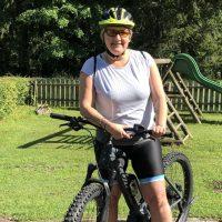 Rauf kommen alle: Tücken des E-Bikes (+Tipps, wie man es sicher runter schafft)