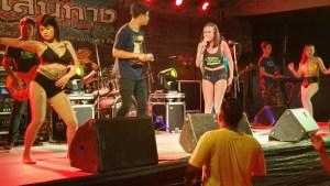 Familenfest in Thailand mit Gogogirls