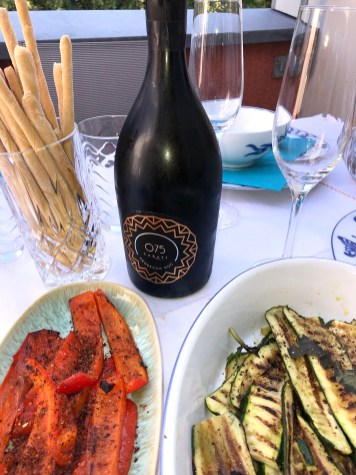 Gegrilltes Gemüse, Grissini und Prosecco DOP