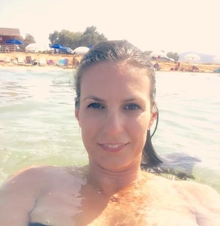 Abkühlung findet man an den vielen Stränden der Insel. @katrin-lars.net