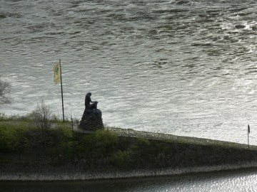 Loreley Skulptur bei Sankt Goarshausen