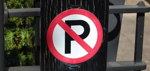 Stationnement code de la route belge for Stationnement devant garage sans panneau