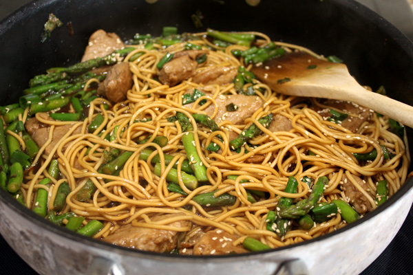 Pork Lo Mein with Asparagus