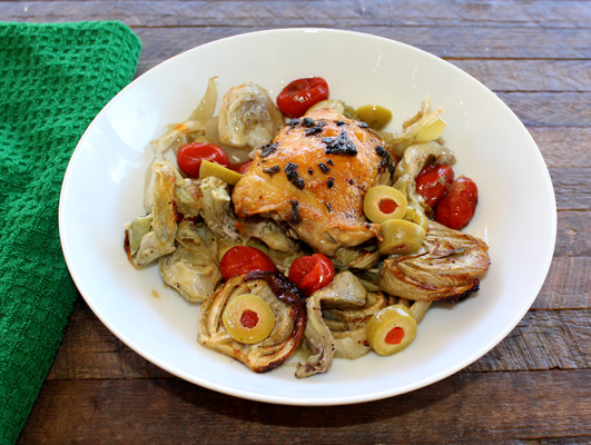 sheet pan chicken thighs with fennel and artichokes
