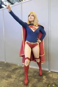 Leiko Cosplay Supergirl