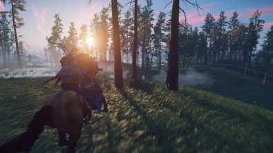 Une forêt, de la brume, un soleil couchant. Yeah !