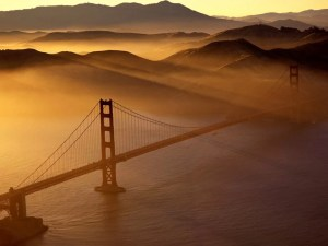 Kattelo Slide Show - Bird's Eye View of San Francisco Golden Gate Bridge