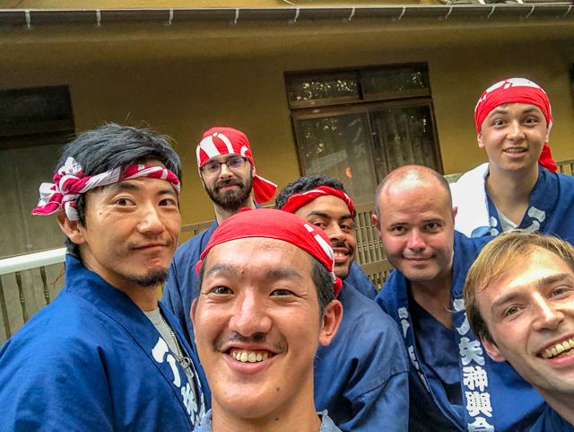 筑波大学の先輩と留学生とログイン