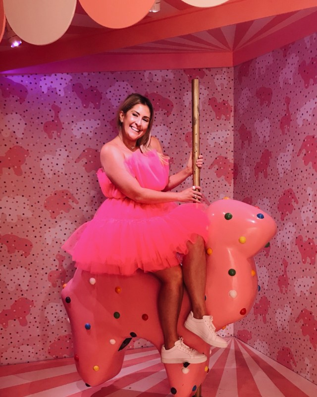 katwalksf wearing the SHEIN Joyfunear Bow Front Layered Tube Tulle Dress at the museum of ice cream san francisco