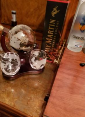 Antique In The Bottle - Globe Whiskey Decanter For Liquor Vodka Scotch Wine photo review