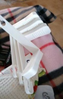 Bed Sheet Grippers Clip Set photo review