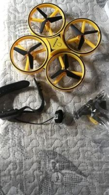 Smart Watch Controllable Quadcopter photo review