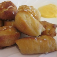 Pretzels and Cheese Sauce Recipe