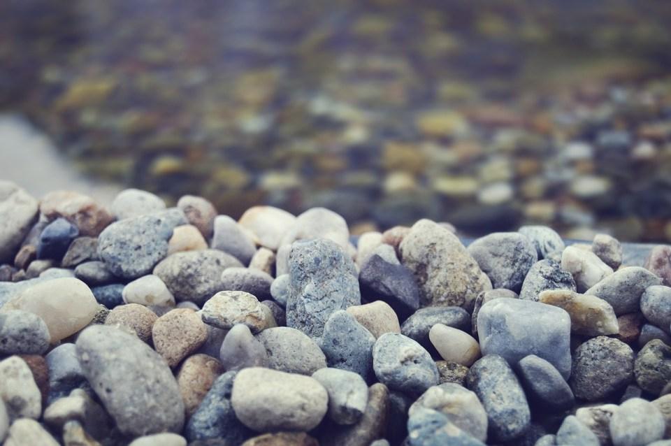 rocks-698504_1280