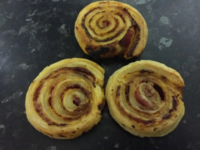 Dairy free cheese and tomato pinwheels - a look at the finished result!
