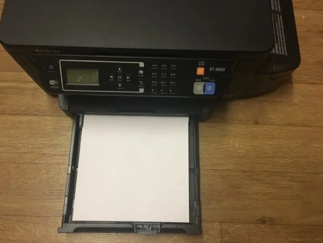 Epson ET-3600 Review - The paper holder