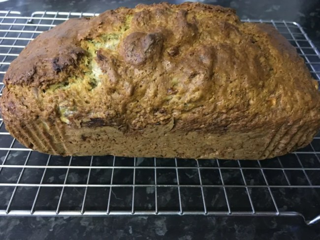 Cheap and easy banana bread recipe - A look at the finished banana bread while it is cooling