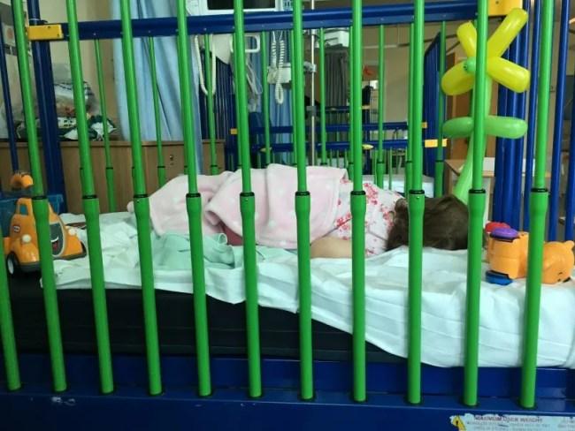Living Arrows 43/52 - Daisy in hospital