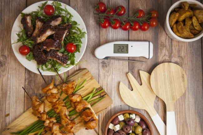 Great gifts for the foodie in your life - Thermapen White