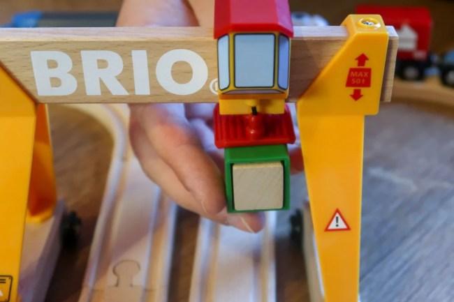 BRIO Cargo Railway Deluxe Set rolling crane