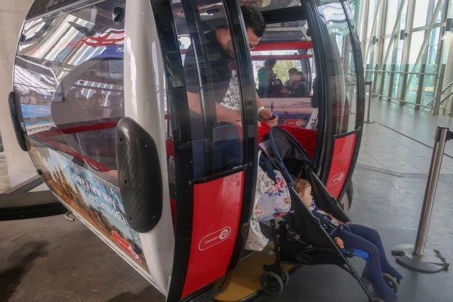 Getting into the emirates airline cable car