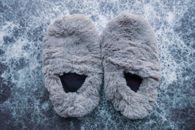 Valentine's Day Gift Guide for 2019 - CoolStuff cozy slippers
