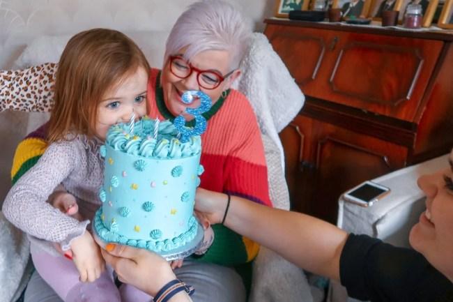 Living Arrows 12/52 - Daisy eating her Birthday cake