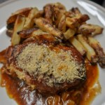 Slow cooker hunters chicken with chips - A look at the finished dish