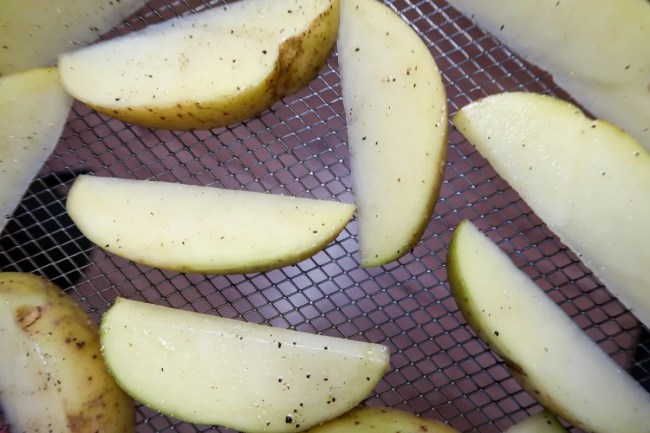 Salt and pepper air fryer potato wedges