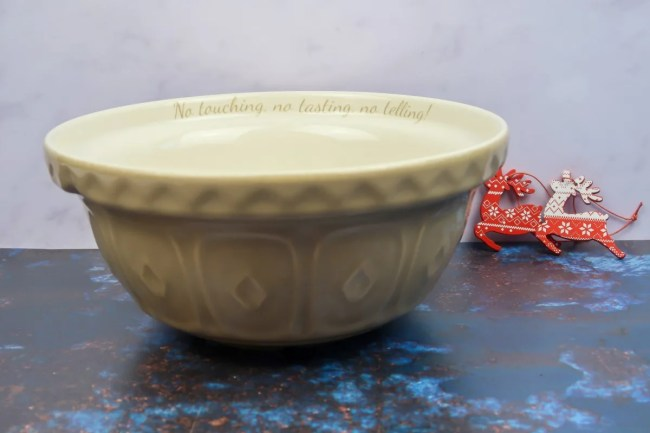 New home Christmas Gift Guide for 2019 - The Personalised Gift Shop Tan Mixing Bowl