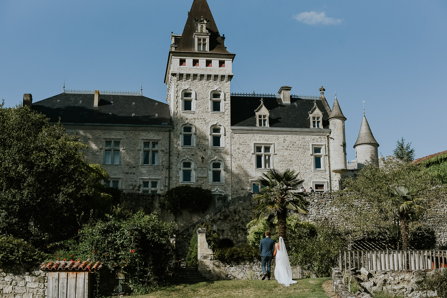 chateau_de_lisse_gers_gascony_south_west_france_family_wedding_katy_webb_photography_UK68