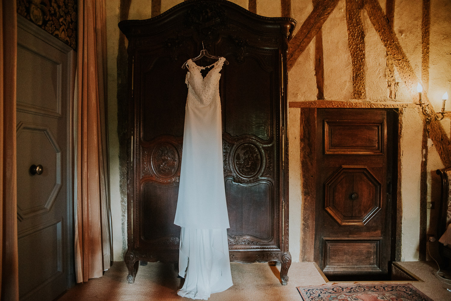 chateau_la_commanderie_mirepoix__wedding_katy_webb_photography_france_UK29
