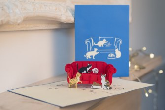 Cats-On-A-Sofa-Pop-Up-Card-with-cover