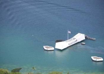 Honolulu Hawaii Helicopter Crash – Arizona Memorial Tour