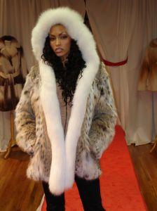 Cat Lynx Fur Jacket White Fox Fur Fronts Hood
