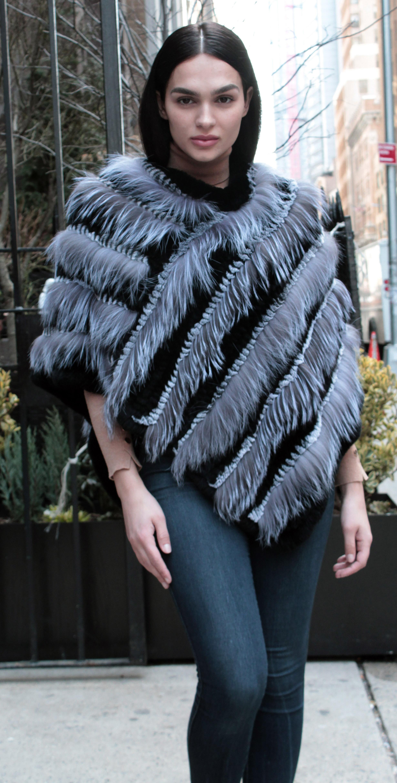 Grey Black Rex Rabbit Fur Fox Fur Poncho