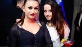 Nuogakrūtė DJ iš Ukrainos surengė vakarėlį