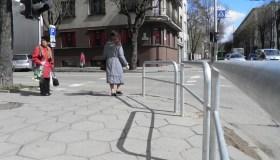 Apsauginės tvorelės pėstiesiems
